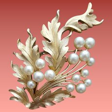 Gorgeous Crown Trifari Brooch With Faux Pearls