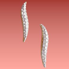 Sophisticated Pierced Earrings Swarovski Rhinestones