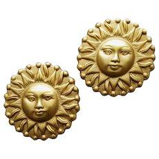 Smiling Sun Face Pierce Earrings Sun Burst