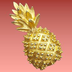 Pineapple Brooch Gold Tone all the Rage