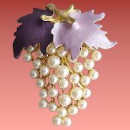 Ultra Feminine Vintage Brooch Purple Lavender Enamel Leaves Faux Pearl Grape Cluster