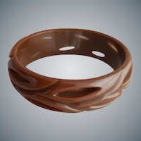 Carved Bakelite Bangle Bracelet Pierced Through Cocoa Brown