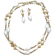 Bergere Necklace and Earrings 1960s Parure Hollywood Regency