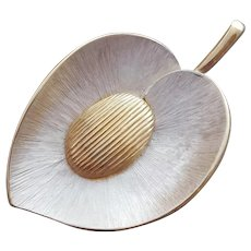Sophisticated 1960s Brooch Silver Gold Tone Brushed
