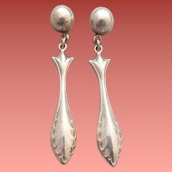 Sterling Silver Pierced Earrings Victorian Design Elegant 3.2 Grams