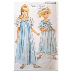 Little Girl's Lingerie Set Vintage Sewing Pattern Nightgown and Peignoir Size / age 10