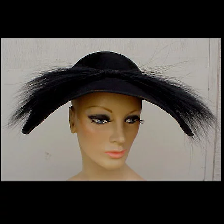 6cb2f8b1e7b Magnificent 1940s Black Beaver  amp  Feathered Hat New Look Dior Style