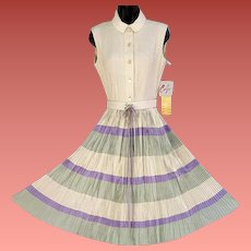 1940s Rayon Dress Dead Stock Original Tags Size Medium Mint Condition