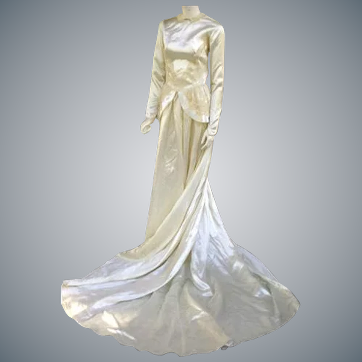 80e4795e31a 1940s Bridal Satin Wedding Gown Cathedral Train Size Small Dress ...