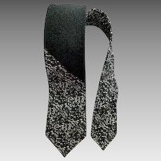 1960s Men's Necktie Vintage Skinny /  Narrow Neck Tie