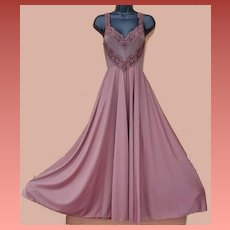 Olga Bodysilk Nightgown Size Small / S / Sm Beautiful Brown  Lush Lace
