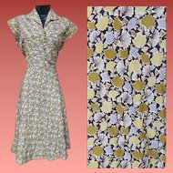1950s Vintage Dress Ginkgo Leaf Print Dress Medium Size