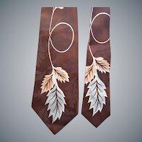 1950's Men's Wide Necktie Rayon Jacquard Flamboyant Print