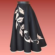 Magnificent 1950s Circle Skirt Appliqued Pink Velvet Size Small
