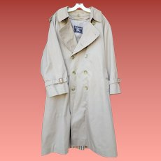 Man's Burberry Trench Coat Removable Wool Liner 44 Short
