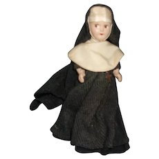 Sweet Vintage Composition 7 Inch Nun Doll