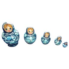 Pretty Blue and White Russian Nesting Dolls