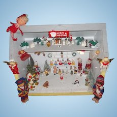 Amazing Christmas House and Santa's Toy Shop