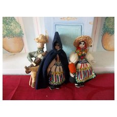 2 Old Vintage Ethnic Yarn Dolls from San Miguel