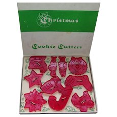 Vintage Cookie Cutters In Box