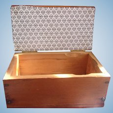 A Great Vintage Box Ready to Be Made in to Diorama
