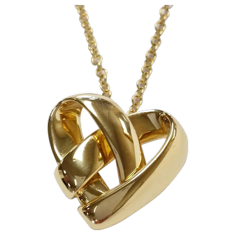 Van Cleef & Arpels 18kt Knotted Heart Pendant