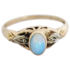 10kt Bi-color Opal and Diamond Ring
