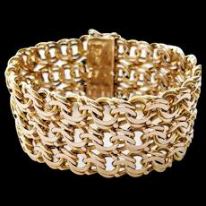 18kt Double Figure Eight Bracelet