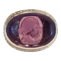 10kt Purple Glass Cameo Ring