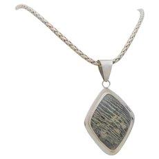 Vintage Sterling Silver Native American Polished Brecciated Jasper Toggle Necklace