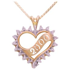 Vintage 10k Gold Natural Round Diamond Y2K Heart Shaped Pendant