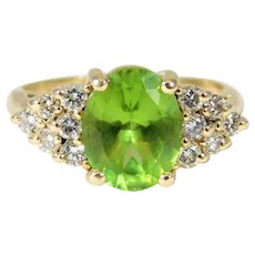 Lovely Vintage 14k Gold Ring with 2.50ct Peridot and Diamond Accents
