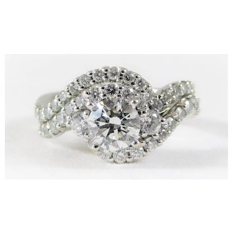 Exquisite 14k White Gold Ladies' Diamond Wedding Set with an Immaculate 1.02ct H/VS2 Center Diamond