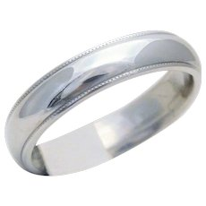 5mm 14k White Gold Gents Wedding Band with a Polished Millgrain Finish
