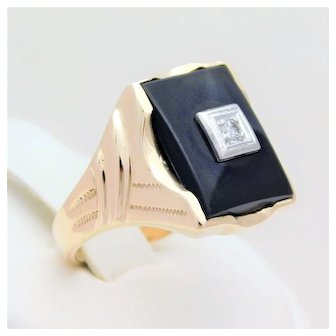 Vintage Men's 10k Gold Black Onyx and Diamond Ring