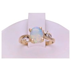 Vintage 14k Gold Diamond Accented Australian Opal Solitaire Ring