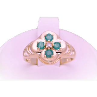 Vintage 14k Gold Emerald and Diamond Flower Ring