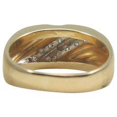 Gents 14 karat Yellow Gold Diamond Wedding Band