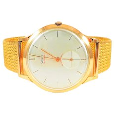 Venus Yellow Gold Extremely Rare Vintage Antimagnetic Mechanical Wristwatch