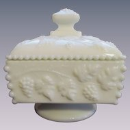 Westmoreland Beaded Paneled Grape Covered Candy Dish