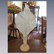 "Resin 19"" Elegant Lady Statue Wearing Cape"