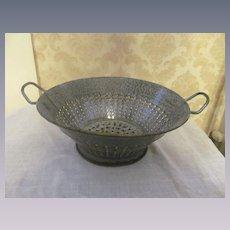 Old Gray Graniteware Speckled Colander Strainer