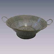 Old Gray Graniteware Speckled Colander Strainer