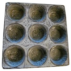 Gray Graniteware 9 Cup Muffin Pan