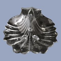 "Cambridge  10.5""  Krystolshell Sea Shell Bowl, 3 Footed"