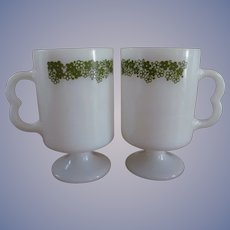 2 Corning Crazy Daisy Footed Mugs