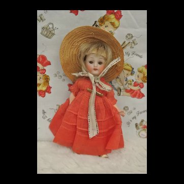 """5"""" Antique All Bisque Sweet Girl"""