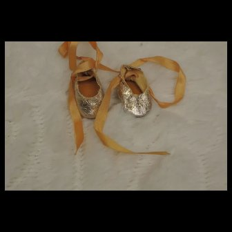 Vintage Ginny Gold Tie Shoes