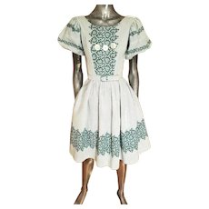 Vtg 1940's grid & floral sweep cotton dress button details and belt