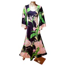 Vtg Boho Chic Maxi printed floral Gown Jeannene Booher Angel sleeves Circa 1970's
